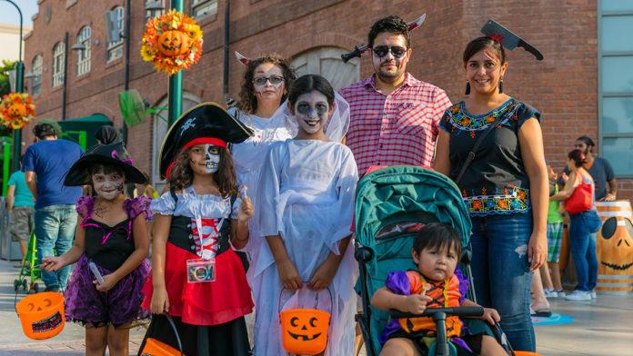 Kids go trick-or-treating at Spooktacular Halloween at MOTIONGATE™ Dubai
